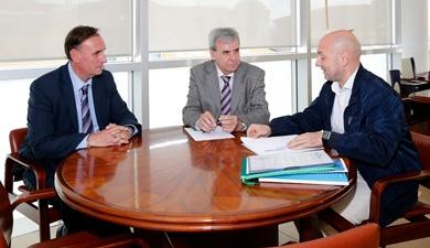 El Gobierno y la Asociación Intersectorial de Autónomos estudian iniciativas que faciliten la actividad empresarial
